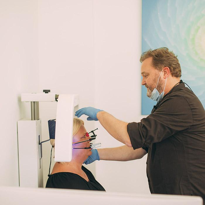 Bissanalyse beim Zahnarzt in Baden-Baden.