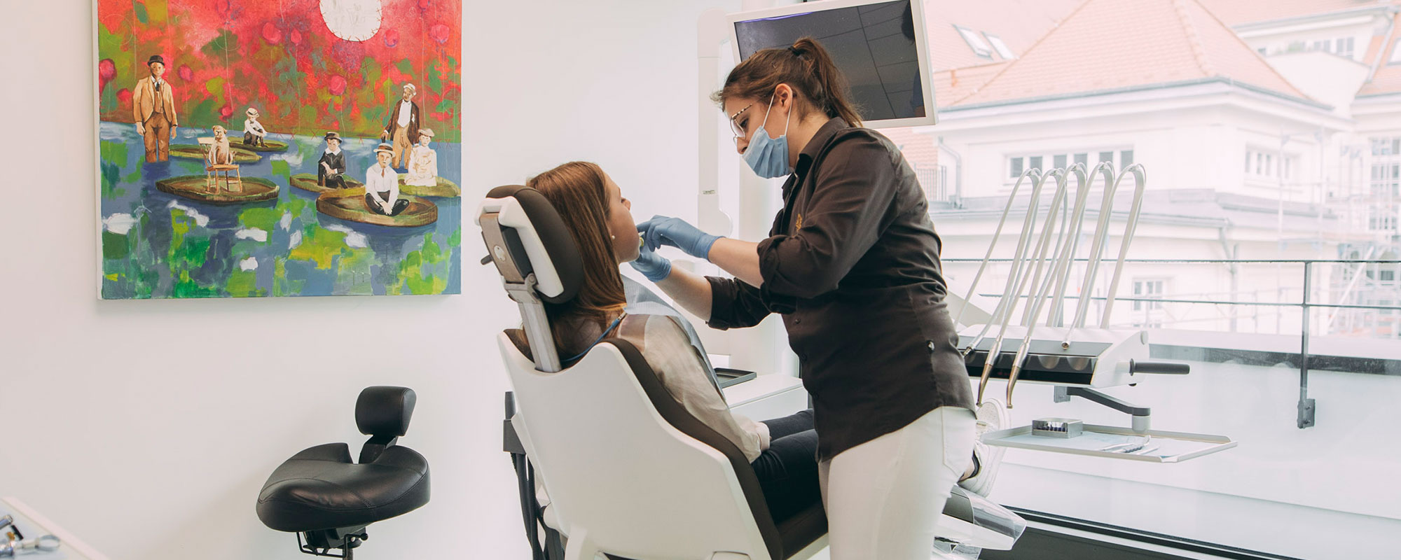 Schnarchtherapie beim Zahnarzt in Baden-Baden mit der Schnarchschiene.